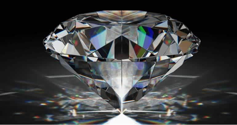 işlenmiş cilalanmış elmas