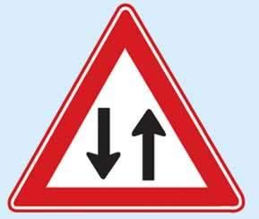 iki yönlü trafik levhasının anlamı