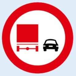 kamyonların öndeki aracı geçmesi yasaktır
