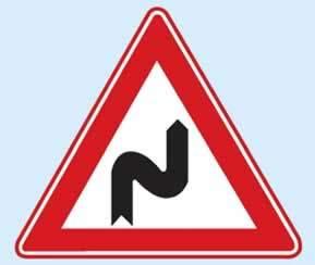 trafik işaretleri sağa tehlikeli devamlı viraj