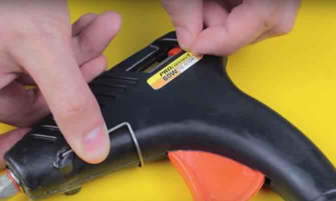 WD-40 ile Etiket izlerini kolayca temizleme