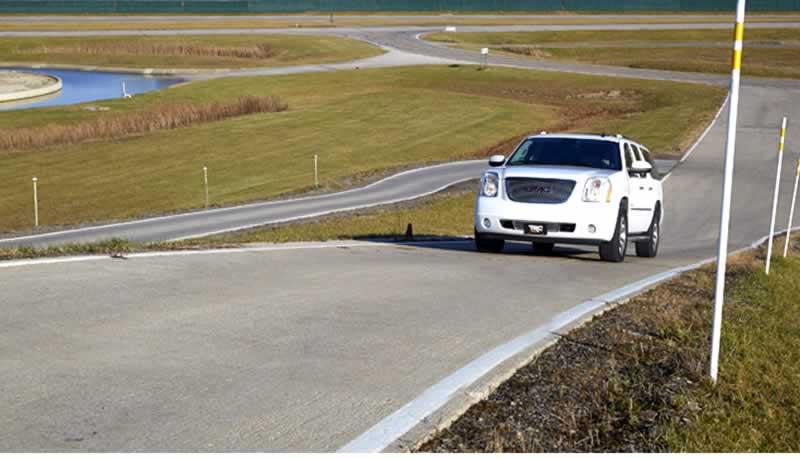 benzin pompası arıza belirtileri araba yokuşta zorlanma